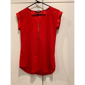 EXPRESS gold quarter zip red top. size xxs